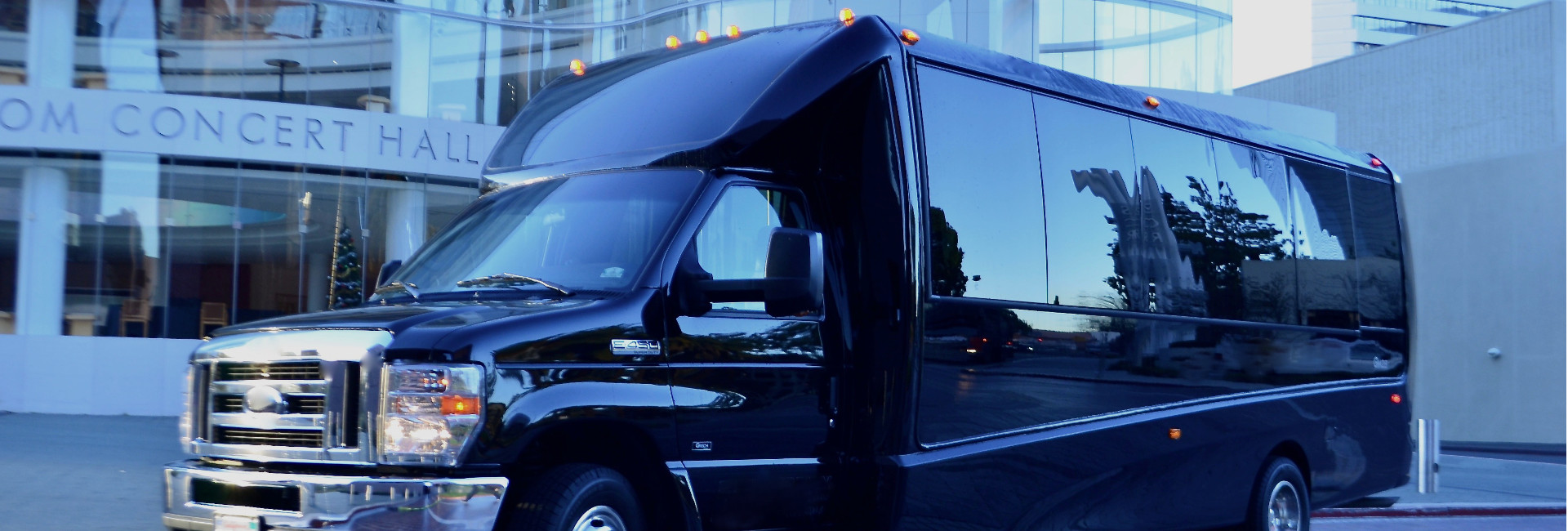 toronto-mini-bus-rentals